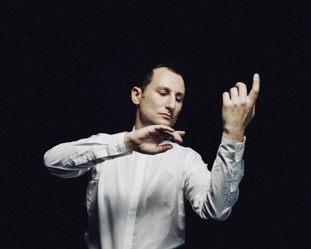 Antoine Tamestit (c) Julien Mignot for harmonia mundi